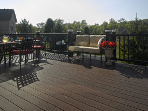 Deceuninck Clubhouse Ironwood Decking Black Elite Railing